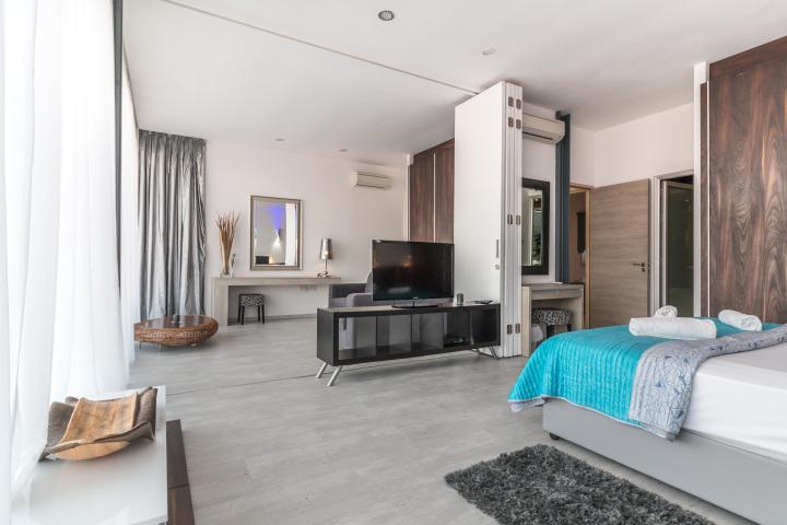 Inspace design company bedroom